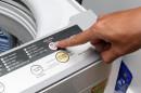 Máy Giặt Giật Mạnh Trước Khi Dừng Giặt?